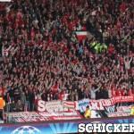 Lo striscione Cioffi Vive in Manchester - Bayern